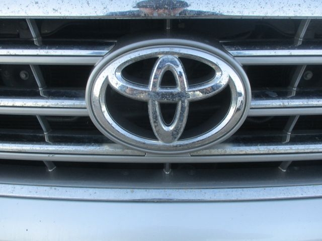 Toyota Highlander 2010 price $14,799