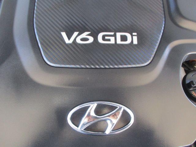 Hyundai Genesis 2015 price $17,999