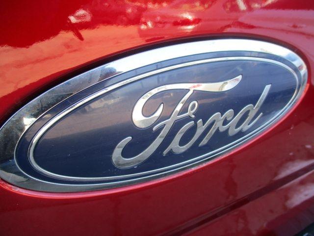 Ford F150 SuperCrew Cab 2015 price $27,499