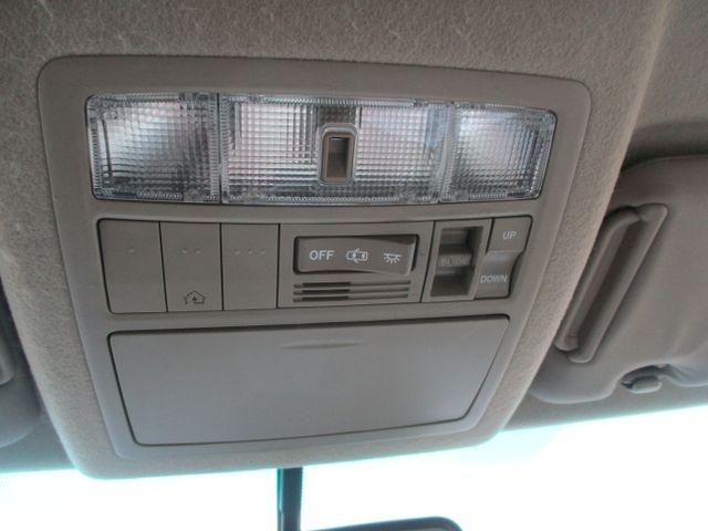Toyota Highlander 2010 price $16,999