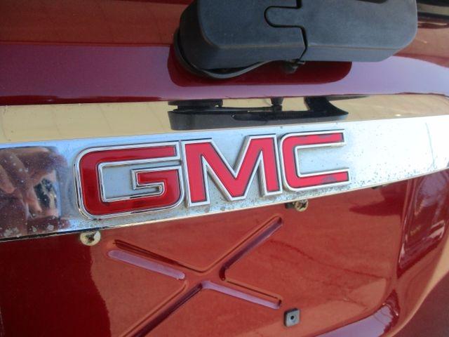GMC Acadia 2010 price $14,999