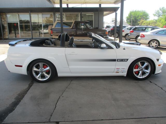 Ford Mustang 2007 price $18,999