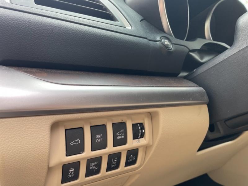 Subaru Outback 2015 price $14,990
