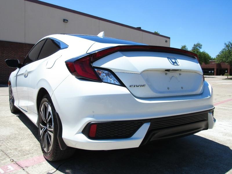Honda Civic Coupe 2017 price $15,495