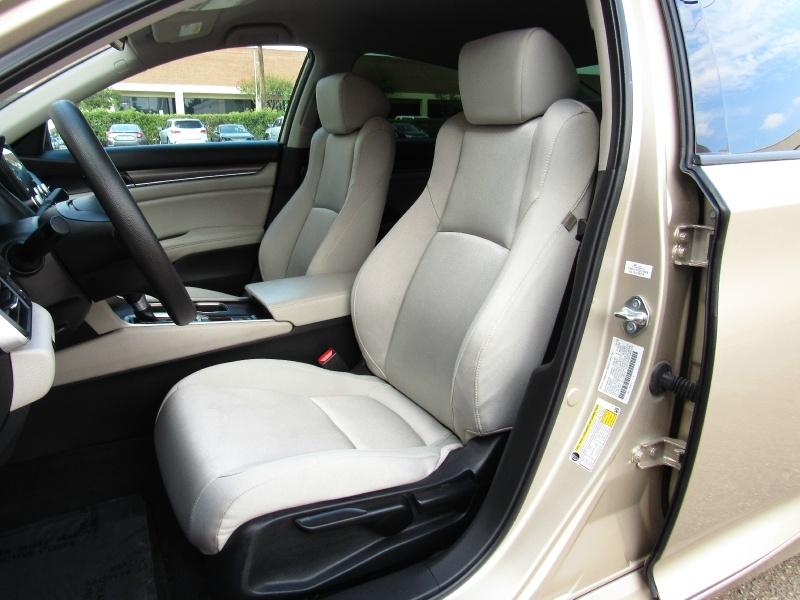Honda Accord LX,Push-Start, 2018 price $17,995