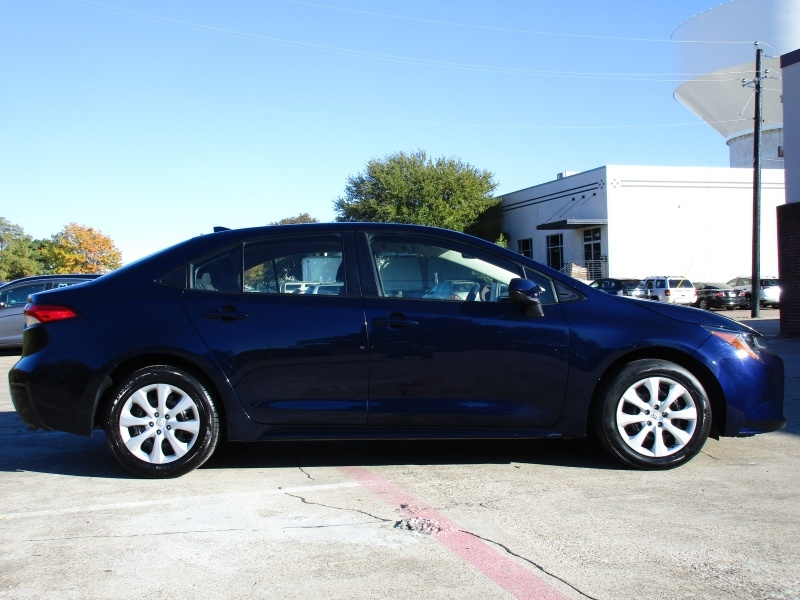 Toyota Corolla LE,Apple-Android-CarPlayy 2020 price $15,995