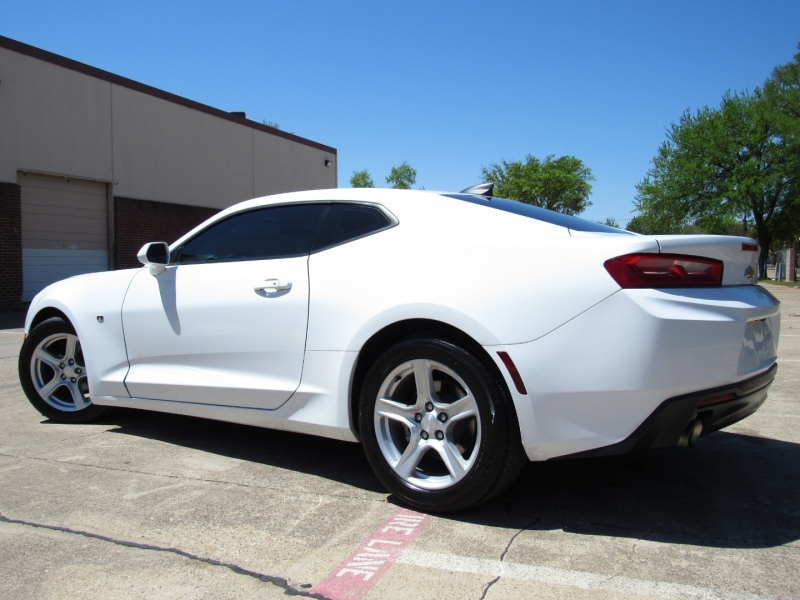 Chevrolet Camaro 2017 price $24,955