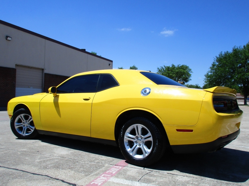 Dodge Challenger 2018 price $26,995