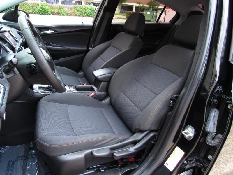 Chevrolet Cruze 2019 price $17,995