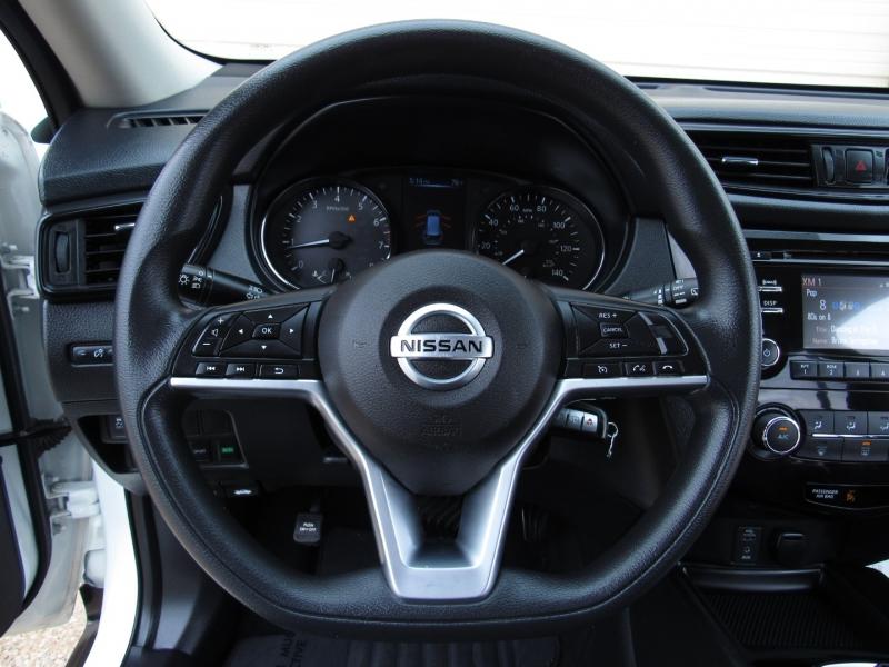Nissan Rogue 2017 price $21,495