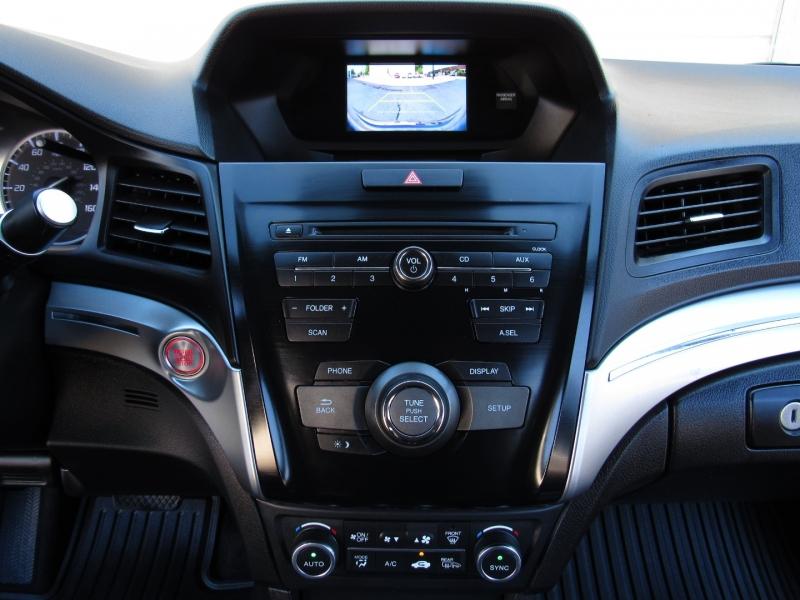 Acura ILX 2019 price $25,995