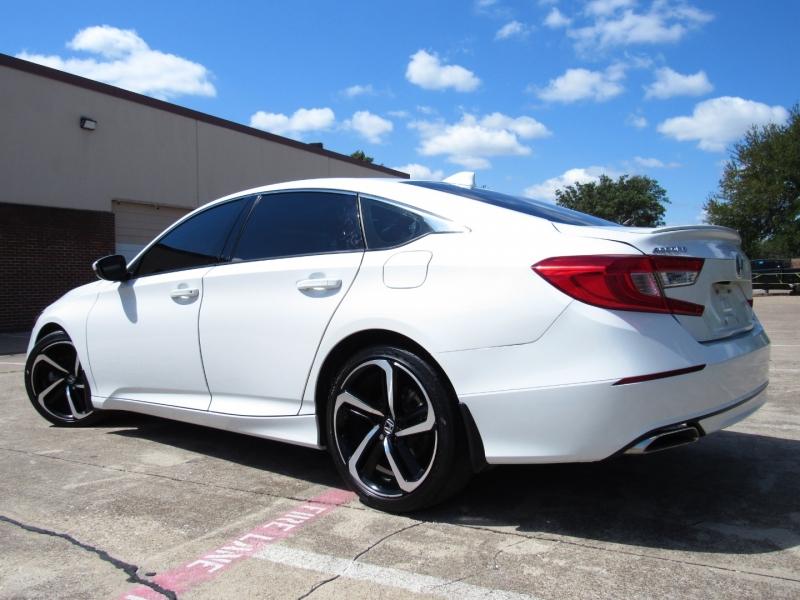 Honda Accord Sedan 2019 price $29,495