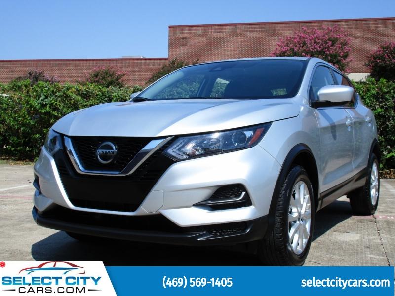 Nissan Rogue Sport 2021 price $27,495