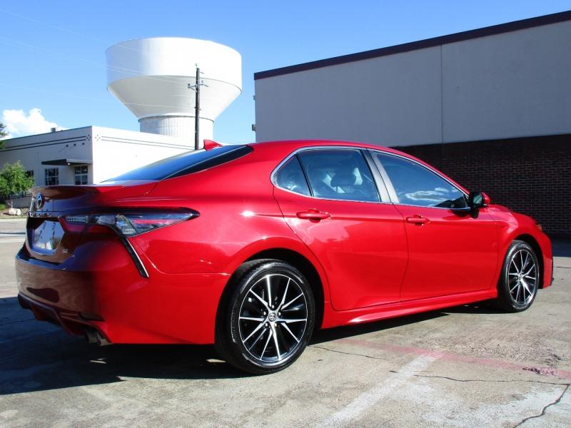 Toyota Camry 2021 price $30,995