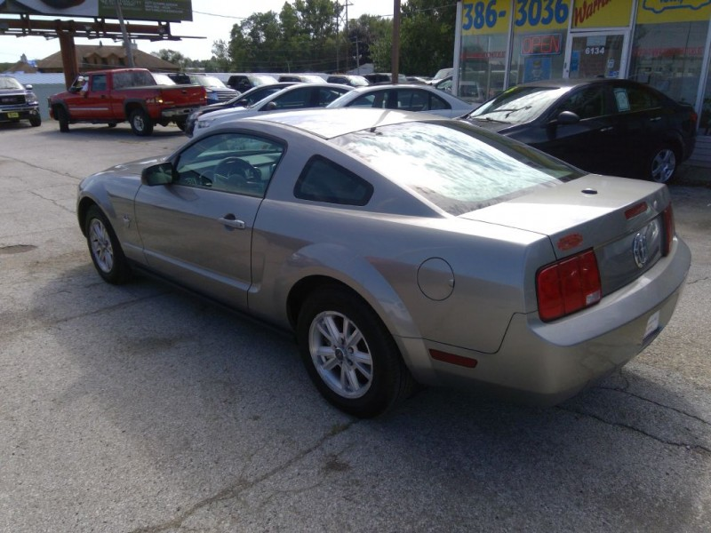 FORD MUSTANG 2009 price $10,999