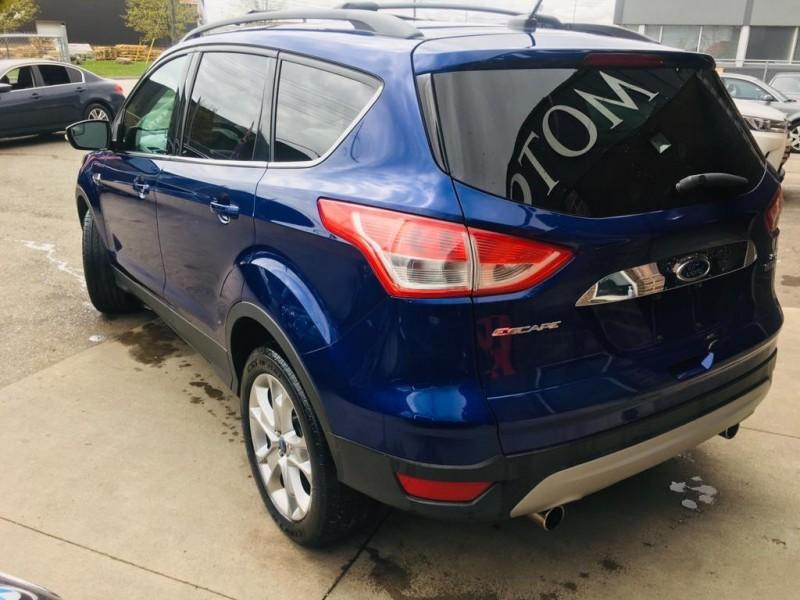Ford Escape 2013 price $11,950