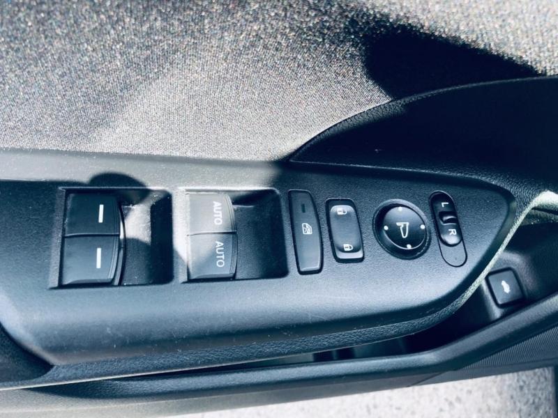 Honda Civic Sedan 2017 price $16,250
