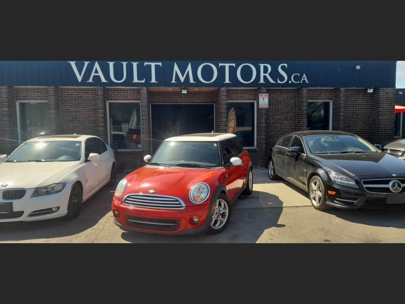 Mini Cooper Hardtop 2012 price $8,995