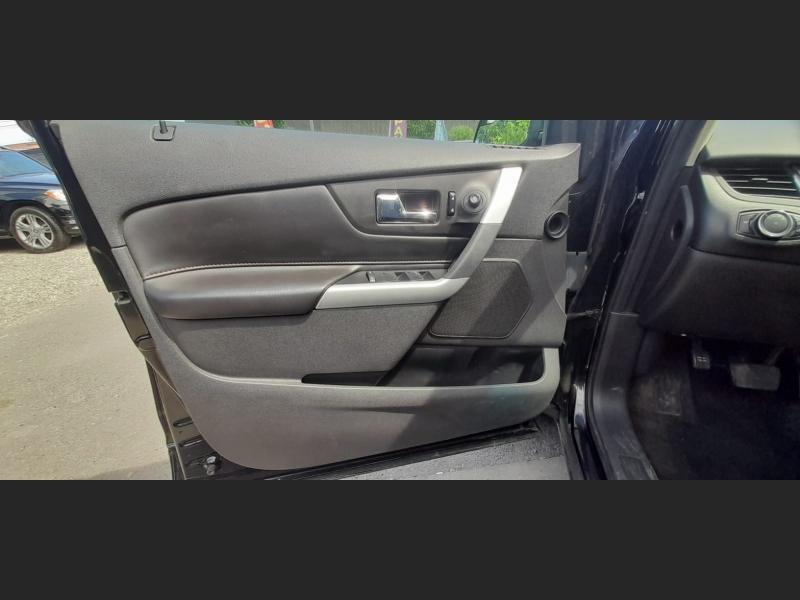 Ford Edge 2013 price $13,995