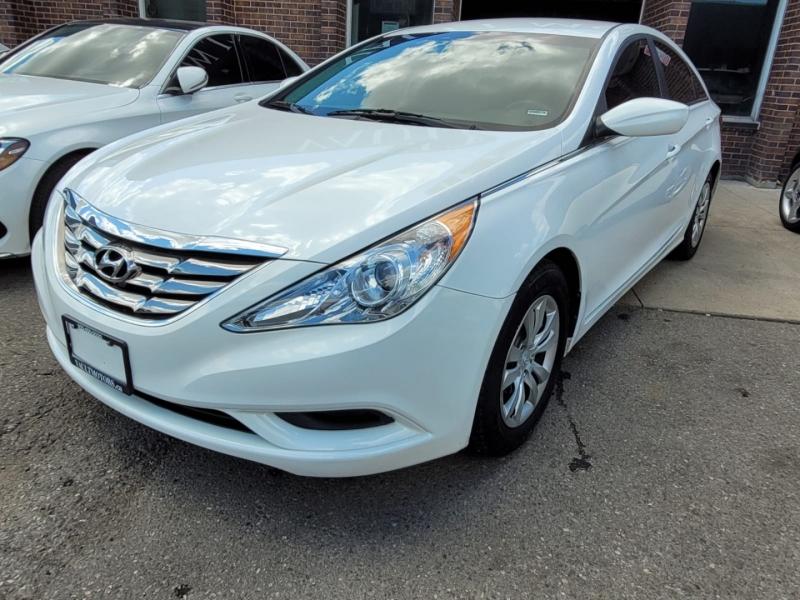 Hyundai Sonata 2013 price $8,550
