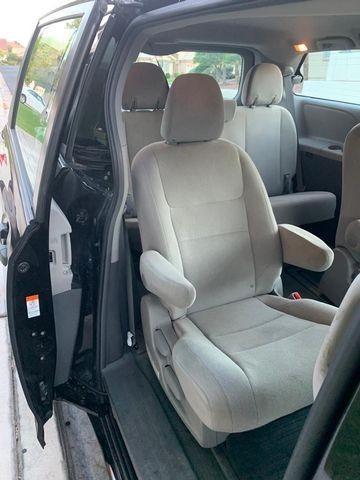 Toyota Sienna 2016 price $19,995