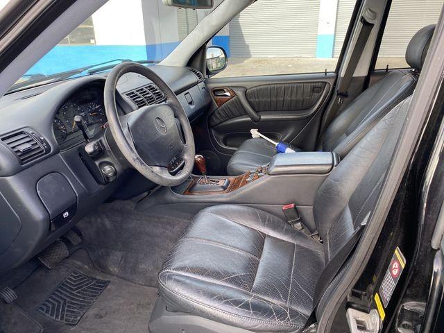 Mercedes-Benz M-Class 2001 price $7,999