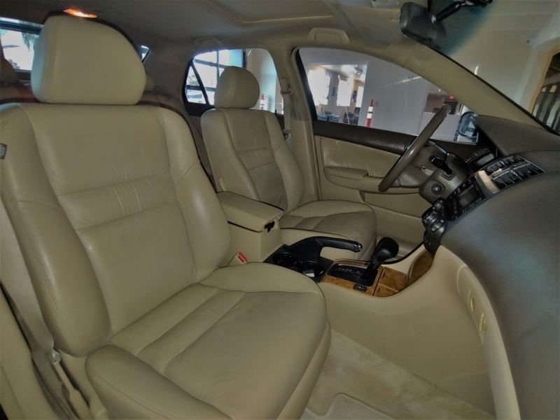 Honda Accord 2005 price SOLD