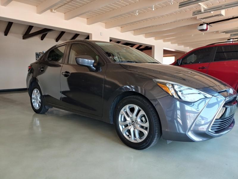 Toyota Yaris iA 2017 price SOLD