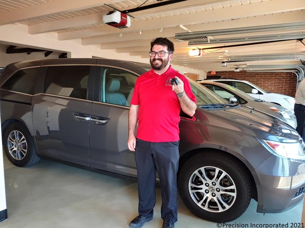 Happy new owner of Honda Odyssey van