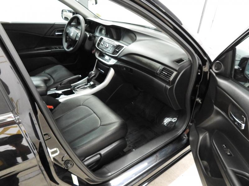 Honda Accord Sedan 2014 price $17,595