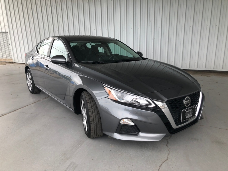 Nissan Altima 2020 price $18,561