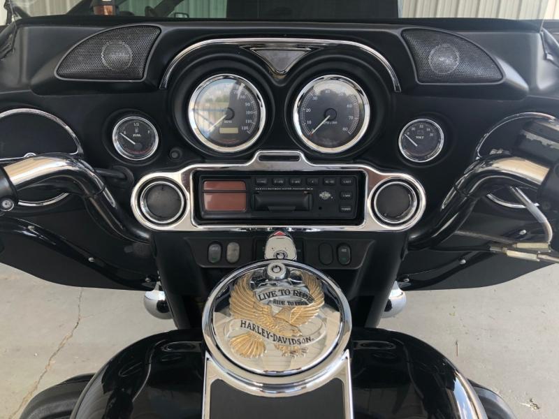 Harley-Davidson FLHT/ELECTRA GLIDE STANDARD 2001 price $12,995