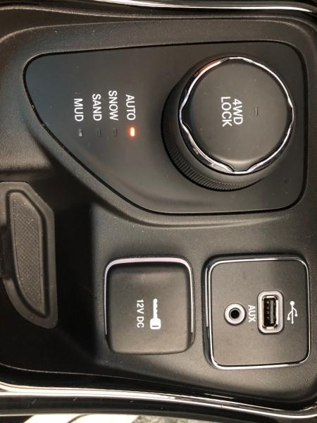 Jeep Compass 2017 price $20,995