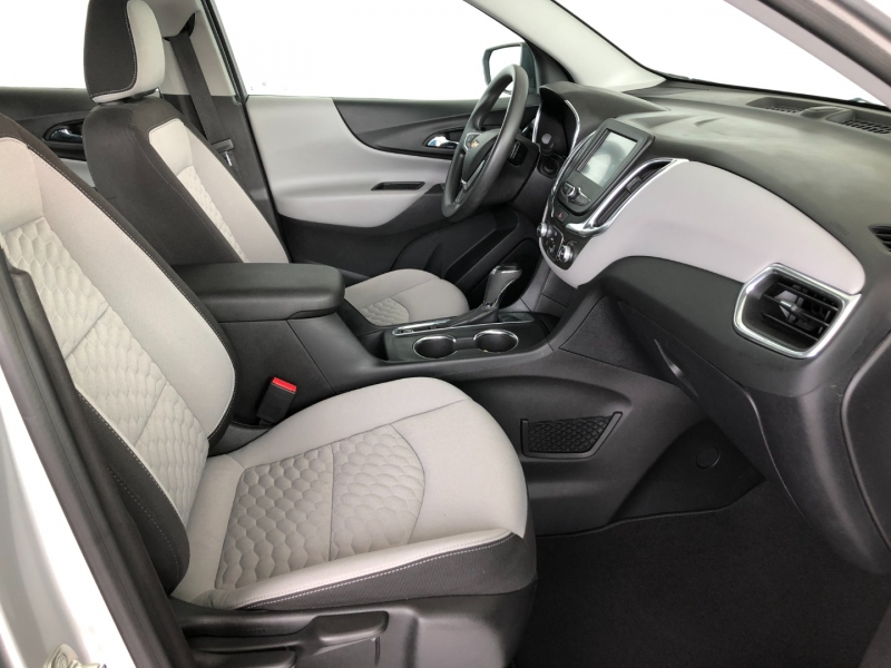 Chevrolet Equinox 2018 price $18,352