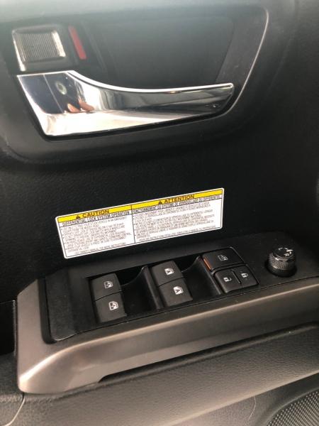 Toyota Tacoma 4WD 2019 price $35,995