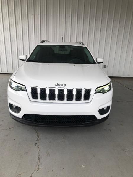 Jeep Cherokee 2019 price $18,550