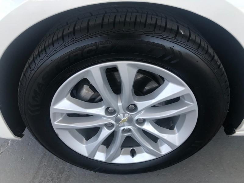 Chevrolet Malibu 2017 price $19,333