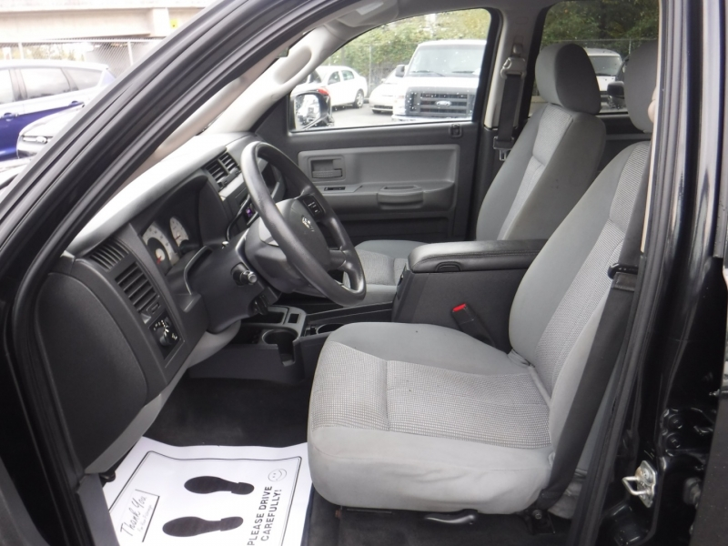 Dodge Dakota 2010 price $12,950