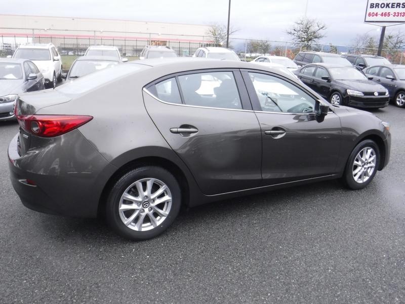 Mazda Mazda3 2017 price $14,950