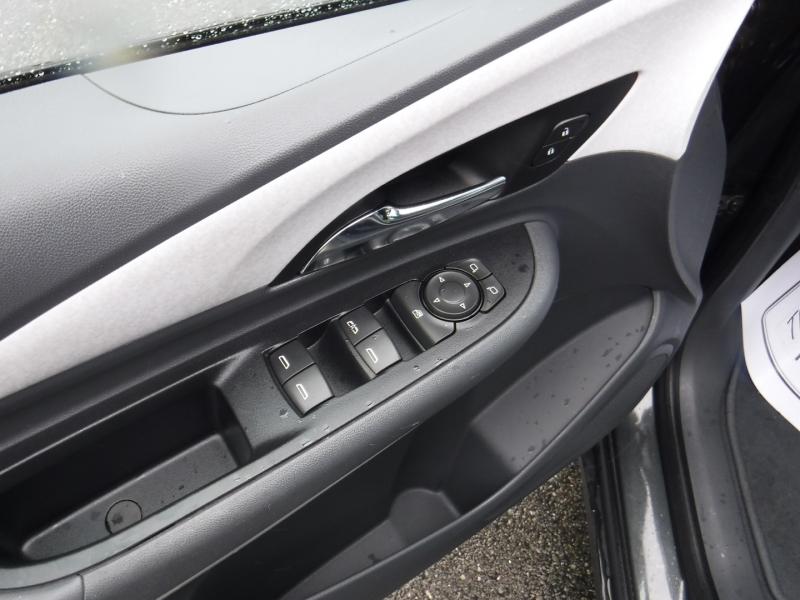 Chevrolet Bolt EV 2017 price $23,950