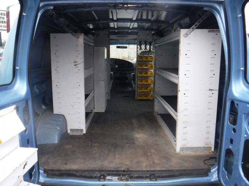 Ford Econoline Cargo Van 2006 price $9,950