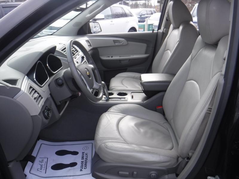 Chevrolet Traverse 2012 price $8,950