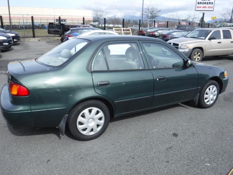 Toyota Corolla 2002 price $3,950