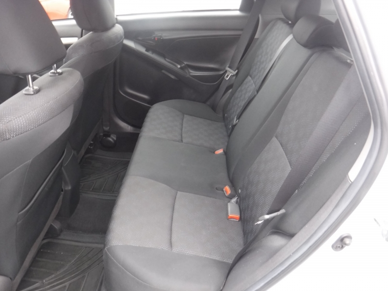 Toyota Matrix 2010 price $8,950