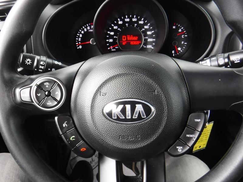 Kia Soul 2016 price $13,950