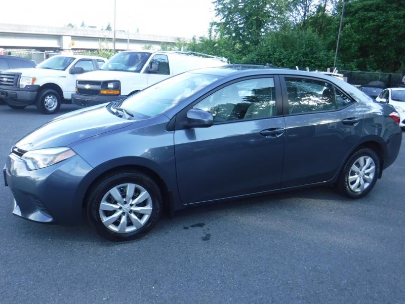 Toyota Corolla 2014 price $10,950