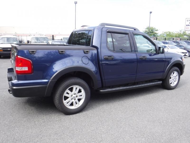 Ford Explorer Sport Trac 2007 price $10,950