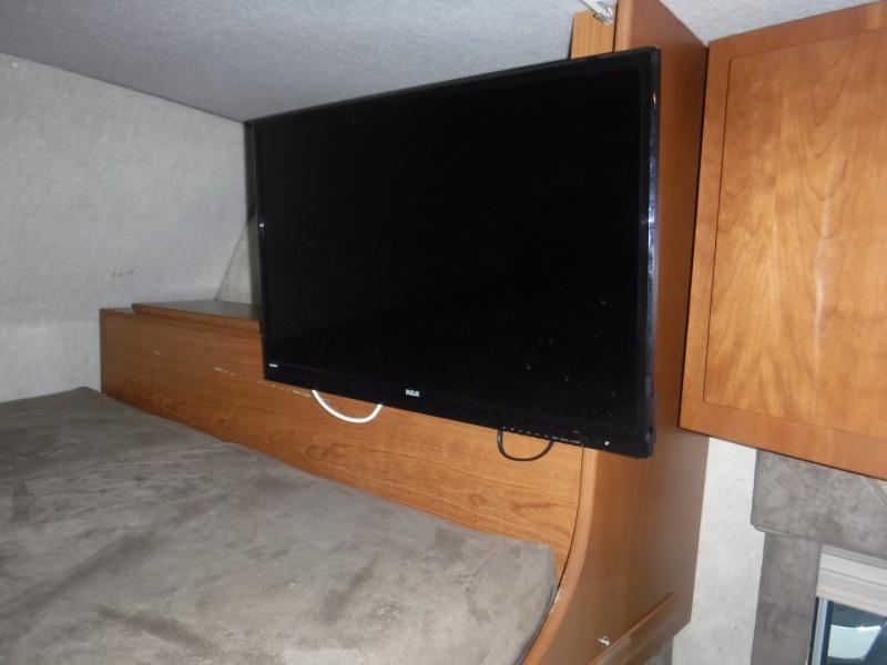 Winnebago Outlook 2008 price $44,950