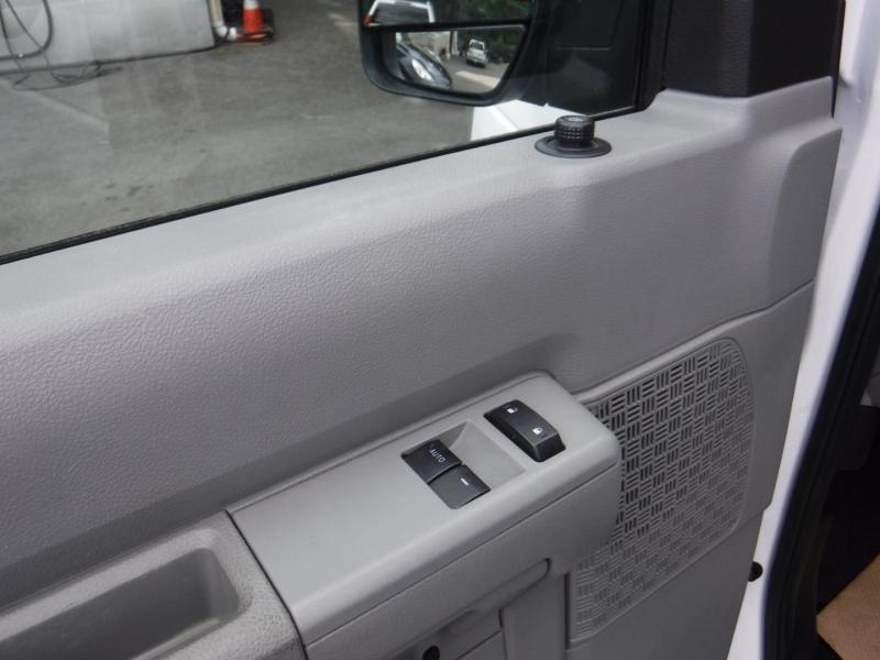 Ford Econoline Cargo Van 2014 price $19,950