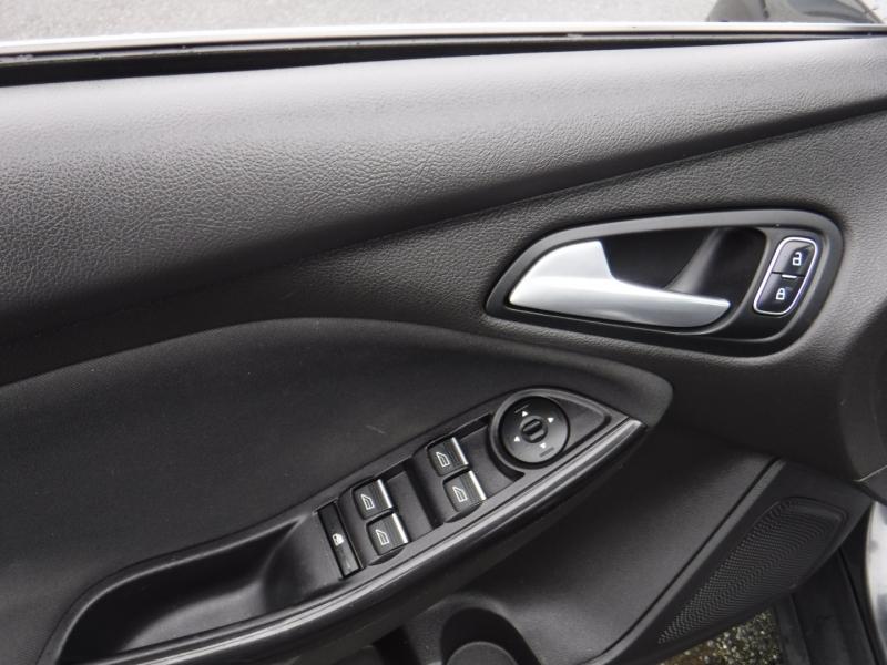 Ford Focus 2016 price $13,950